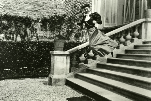 Bichonnade Leaping, Jacques-Henri Lartigue © Jacques-Henri Lartigue Foundation